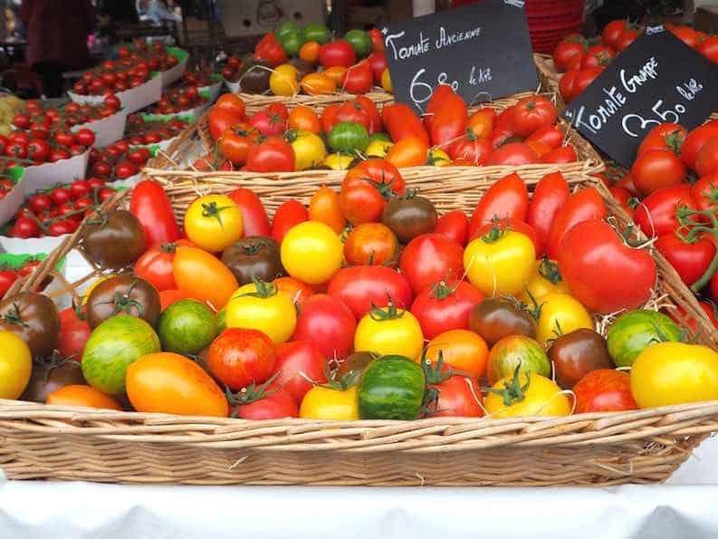 tomatoes frugal vegan foods