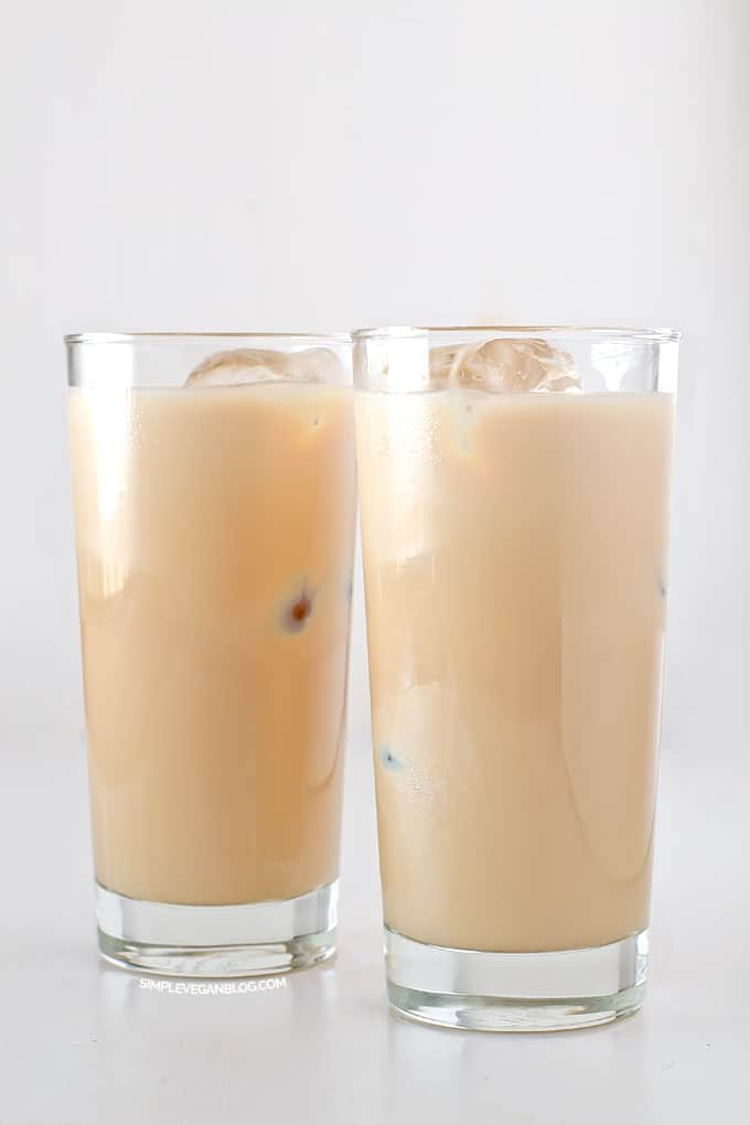 plant-based Bailey's Irish cream recipe