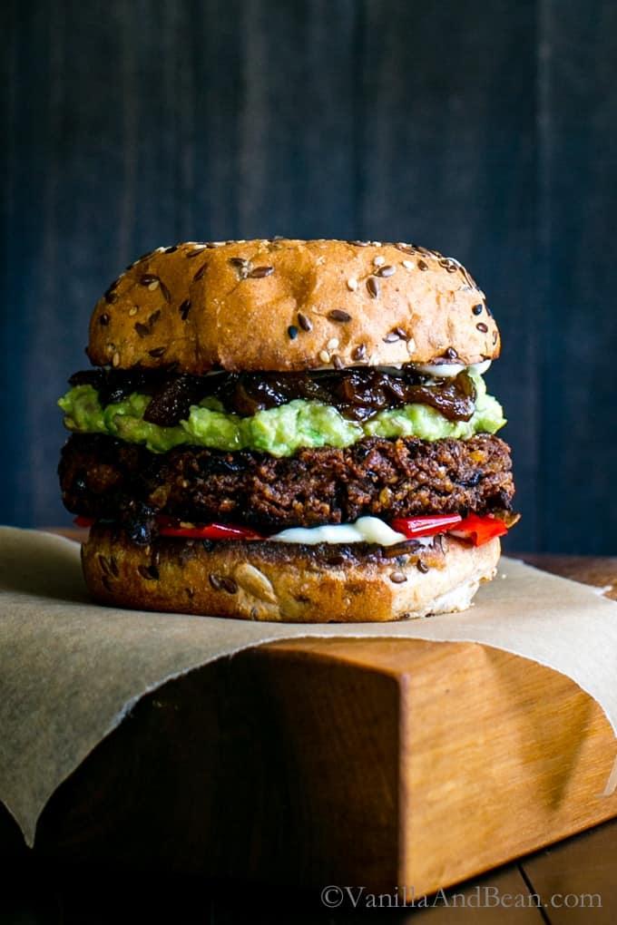 Black bean walnut burger