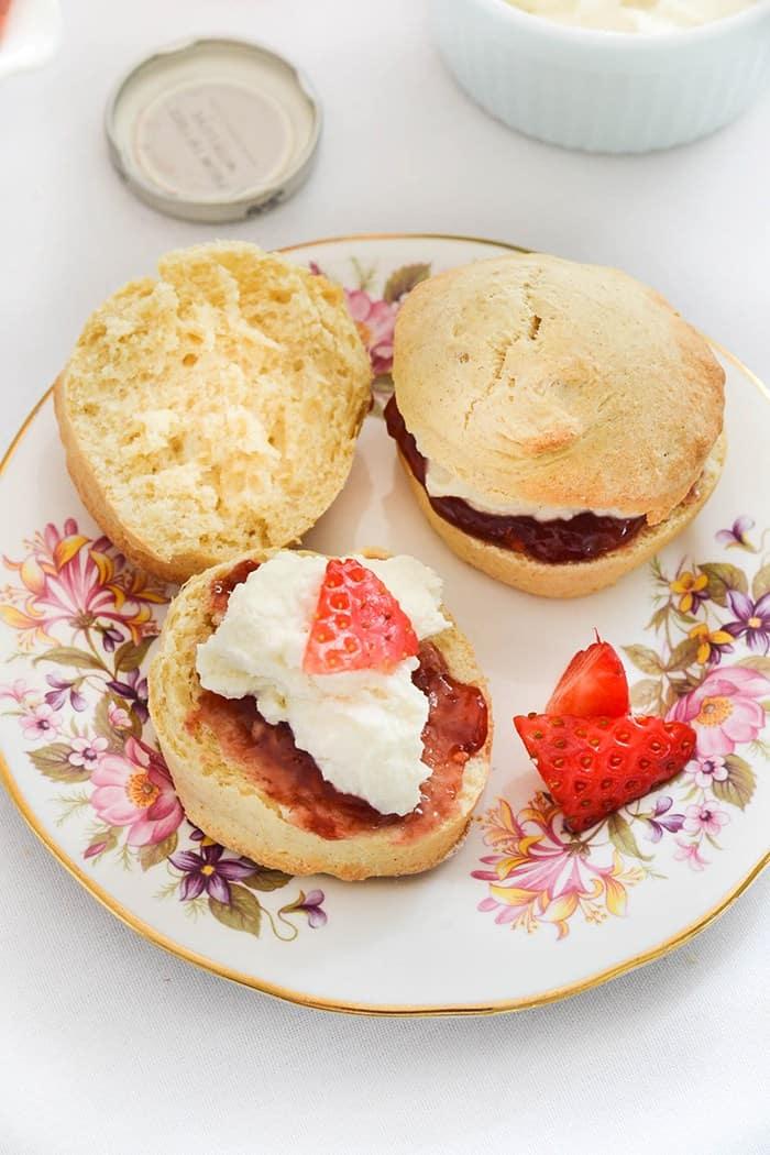 Scones with vegan clotted cream