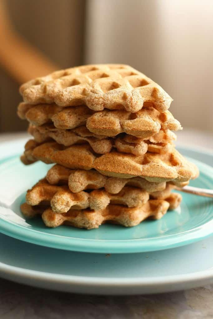 Maple vanilla waffles