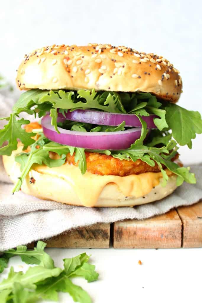 Hash brown and sriracha mayo breakfast bagel vegan