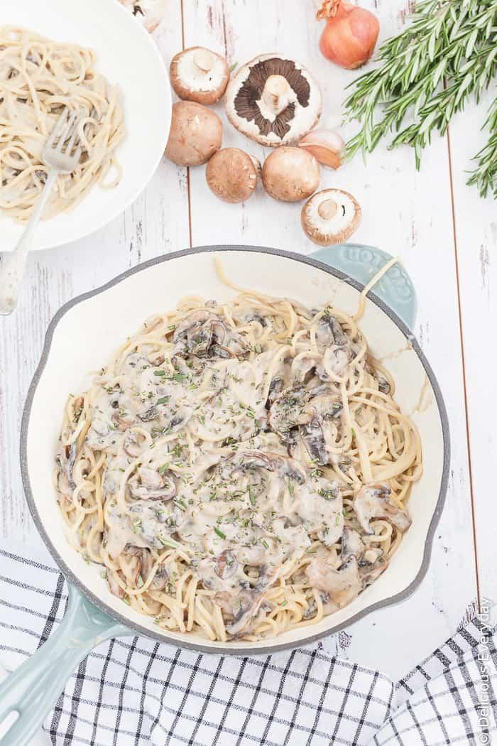 Vegan white sauce mushroom pasta