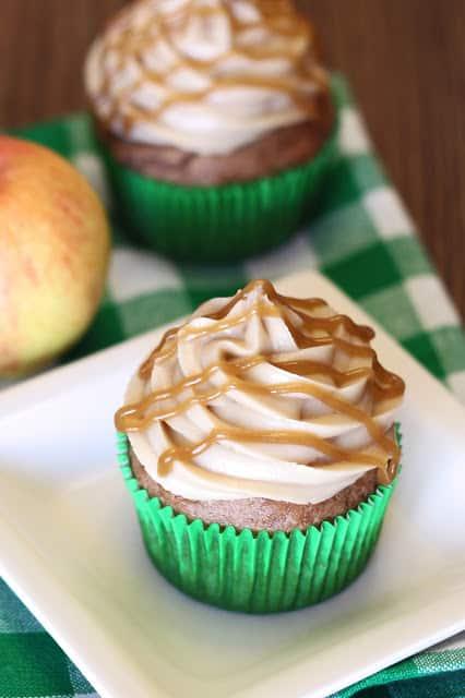 Veggie cupcakes - caramel apple