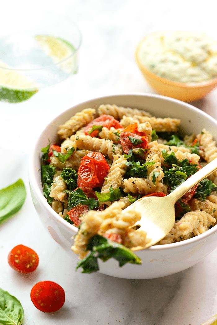 Kale and tomato pasta