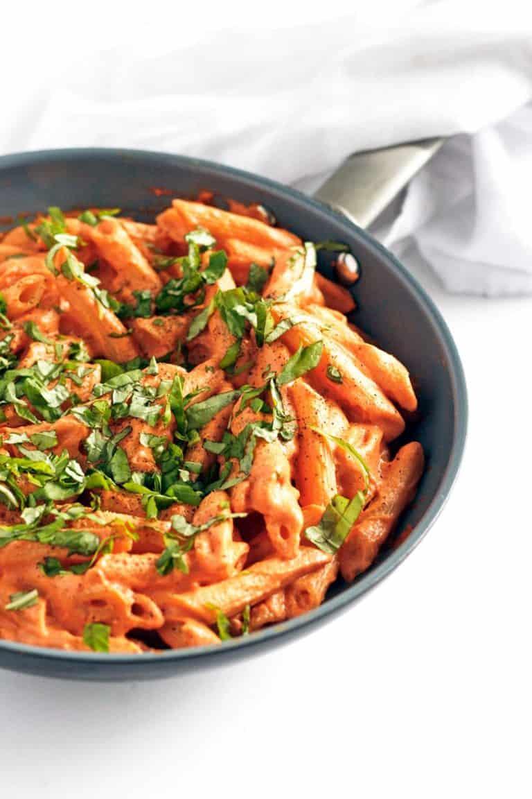 Tomato and basil creamy dairy-free pasta